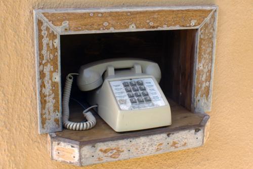 phone-tree-customer-service-social-media