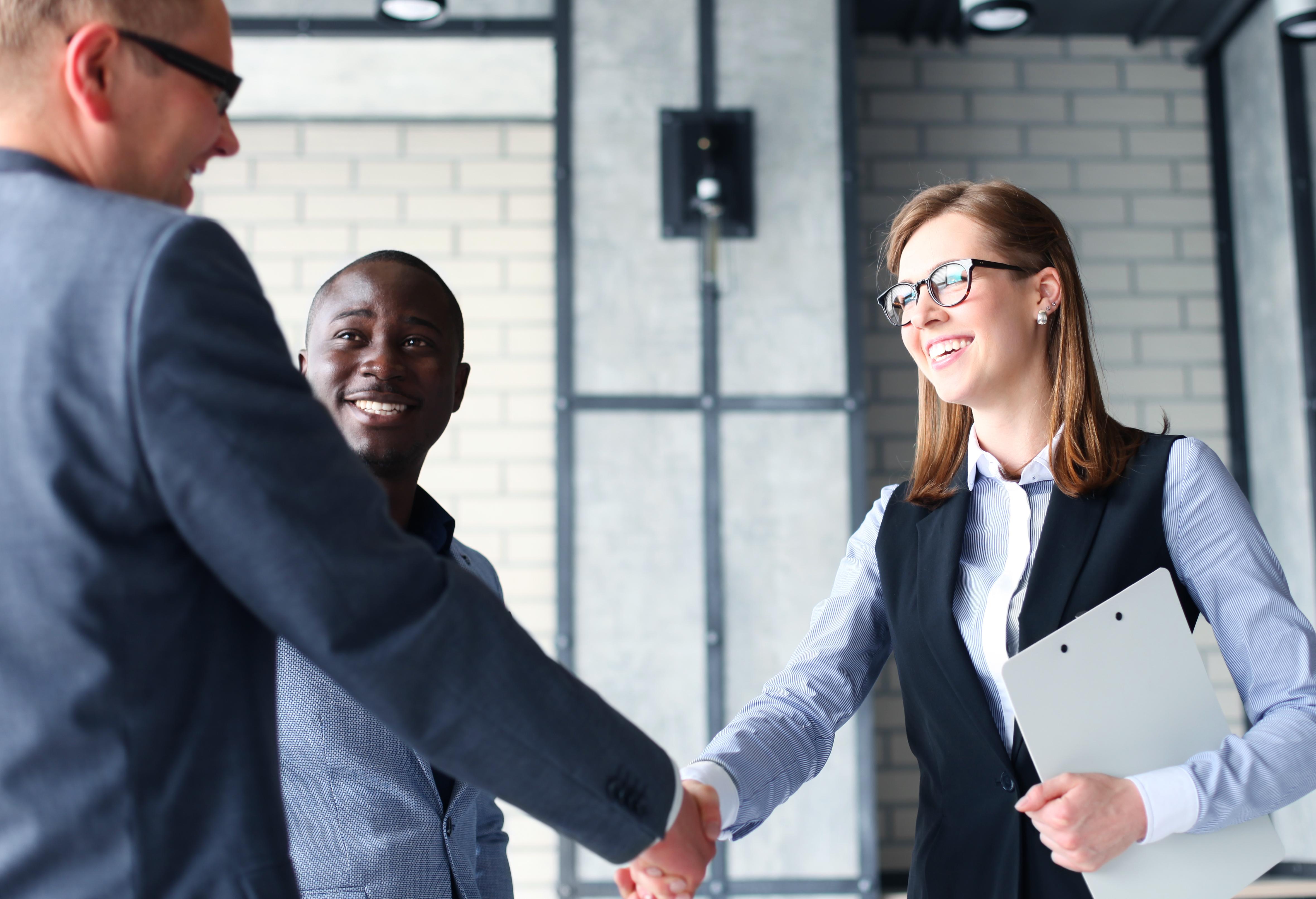 keeping customers happy  4 tips to improve customer